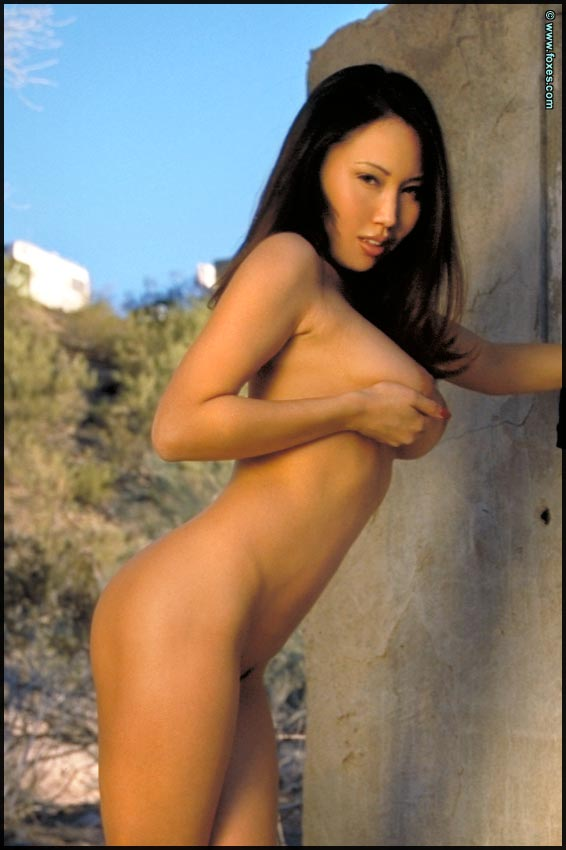 Images - Asians in short skirts and nude